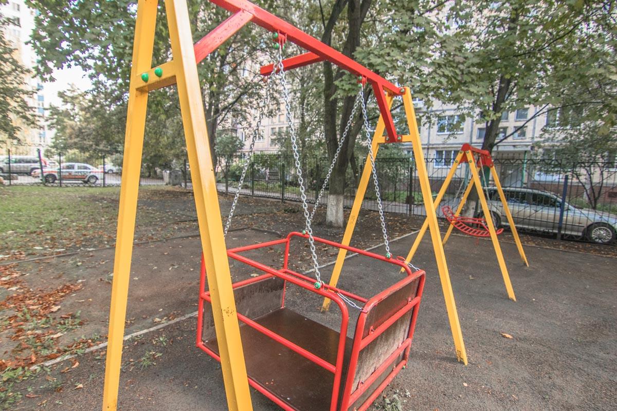 В 2017 году на территории центра построили детскую площадку для детей с особенными потребностями
