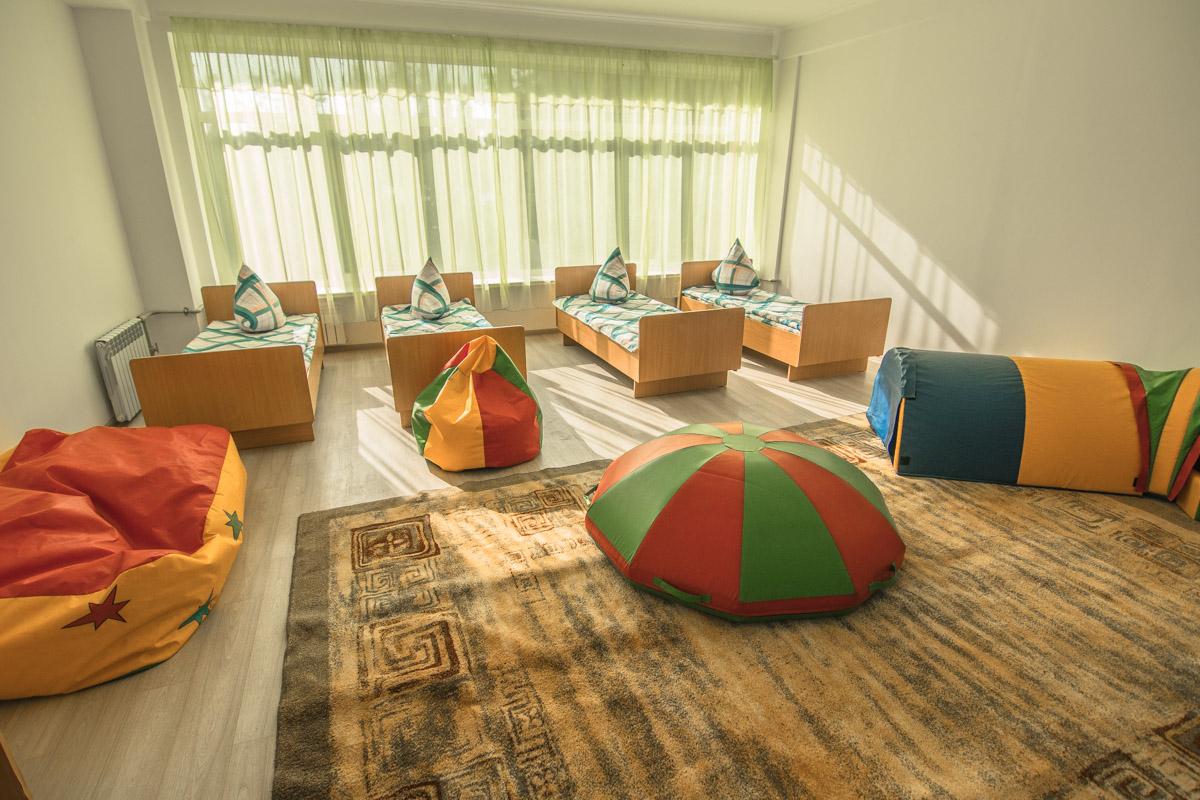 Солнечная комната для солнечных деток