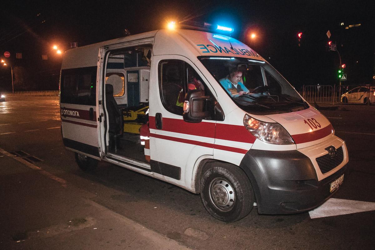 Драйвера Mercedes госпитализировали в больницу с незначительными травмами