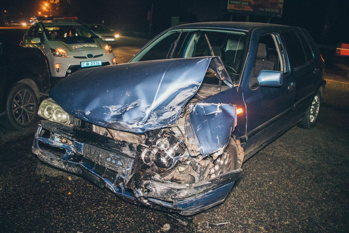 Авария случилась примерно в 23:20