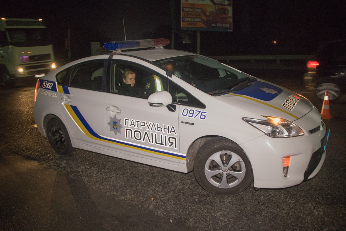 На месте работал экипаж патрульной полиции и «скорая».