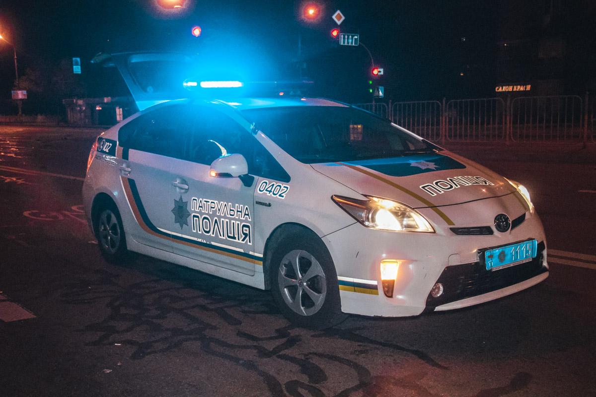На месте ДТП работали сотрудники патрульной полиции, медики и следственно-оперативная группа