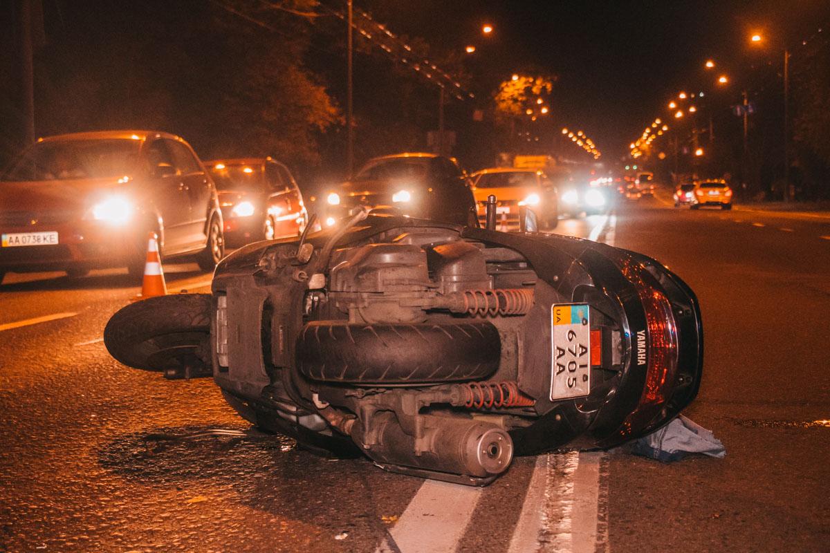 Водитель автомобиляHonda двигался по проспекту Лобановского в сторону Севастопольской площади