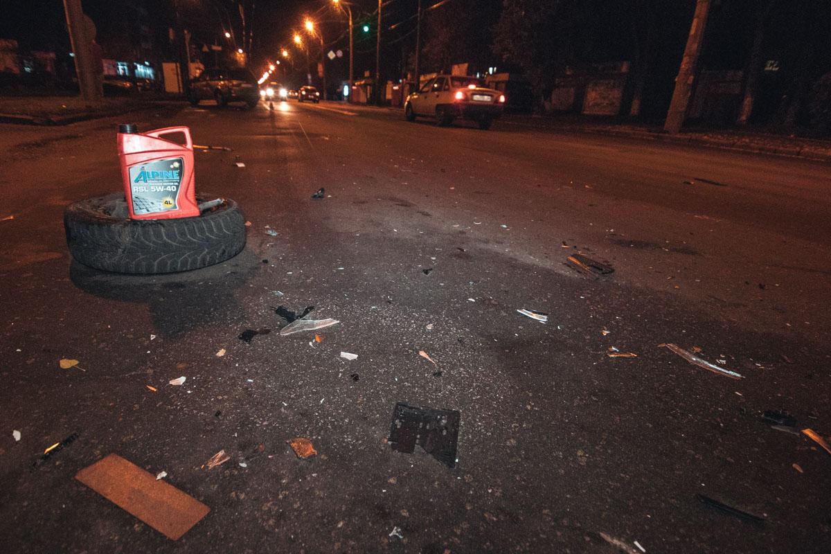 По словам очевидцев, мужчина за рулемSubaru проехал на красный сигнал светофора