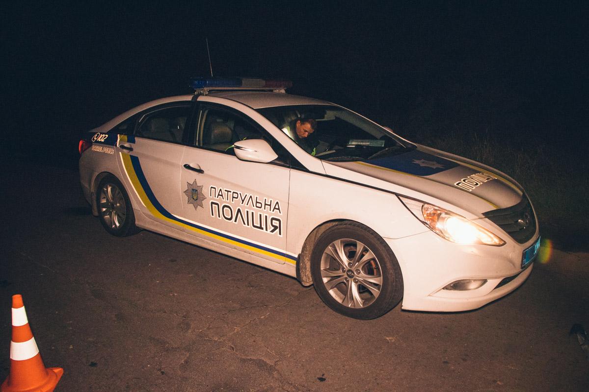 На месте происшествия работала полиция, движение на данном участке дороги был затруднено