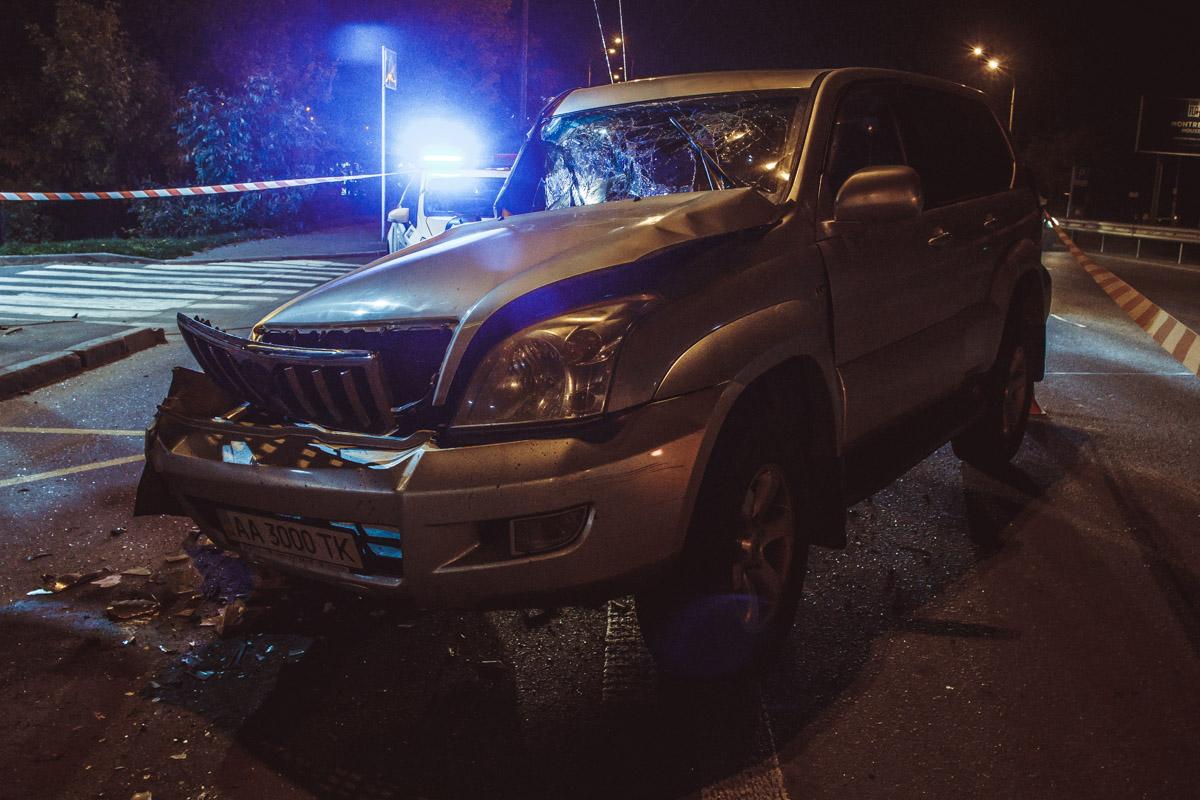 Как утверждает водительLand Cruiser, его подрезал другой автомобиль