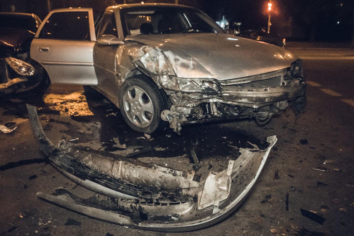 Водитель Opel получил травмы головы, его госпитализировали