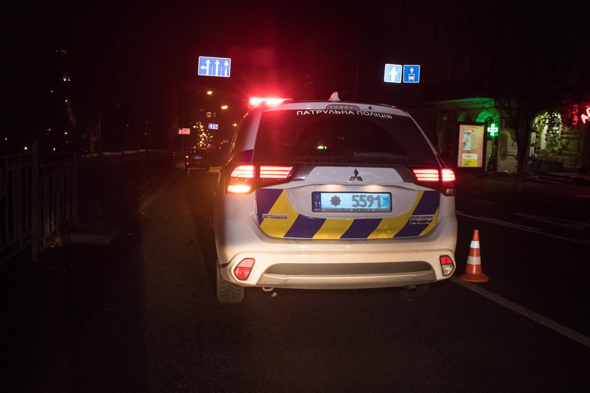 Перед ДТП пострадавший и двое неизвестных убегали после ограбления прохожего