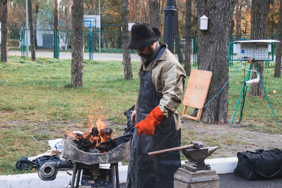 В Киеве, 27 октября, состоялось Международное ножевое шоу