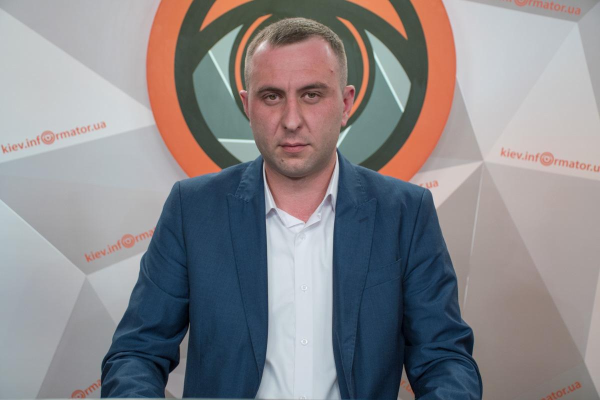"""Руководитель юридической компании """"Автопомощь""""Дмитрий Мелех"""