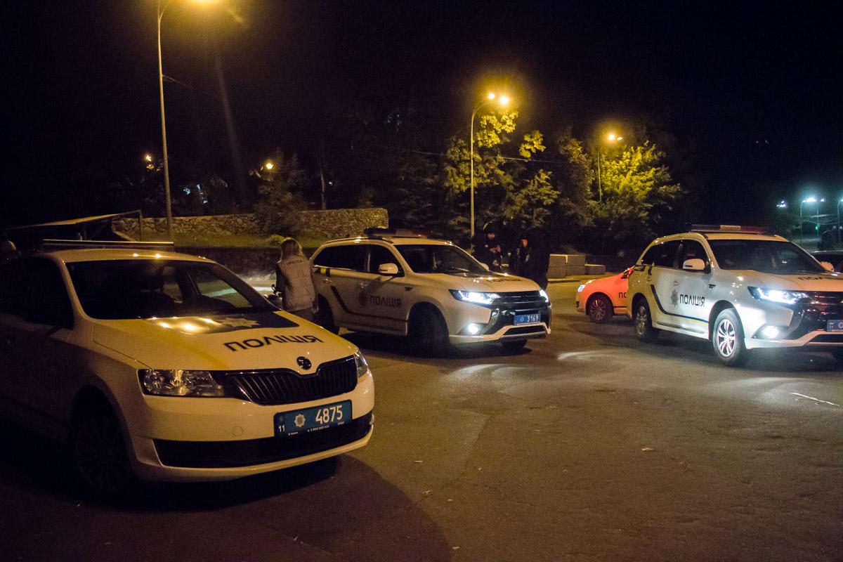 В ходе задержания при ограблении частного дома произошла перестрелка между грабителями и полицией