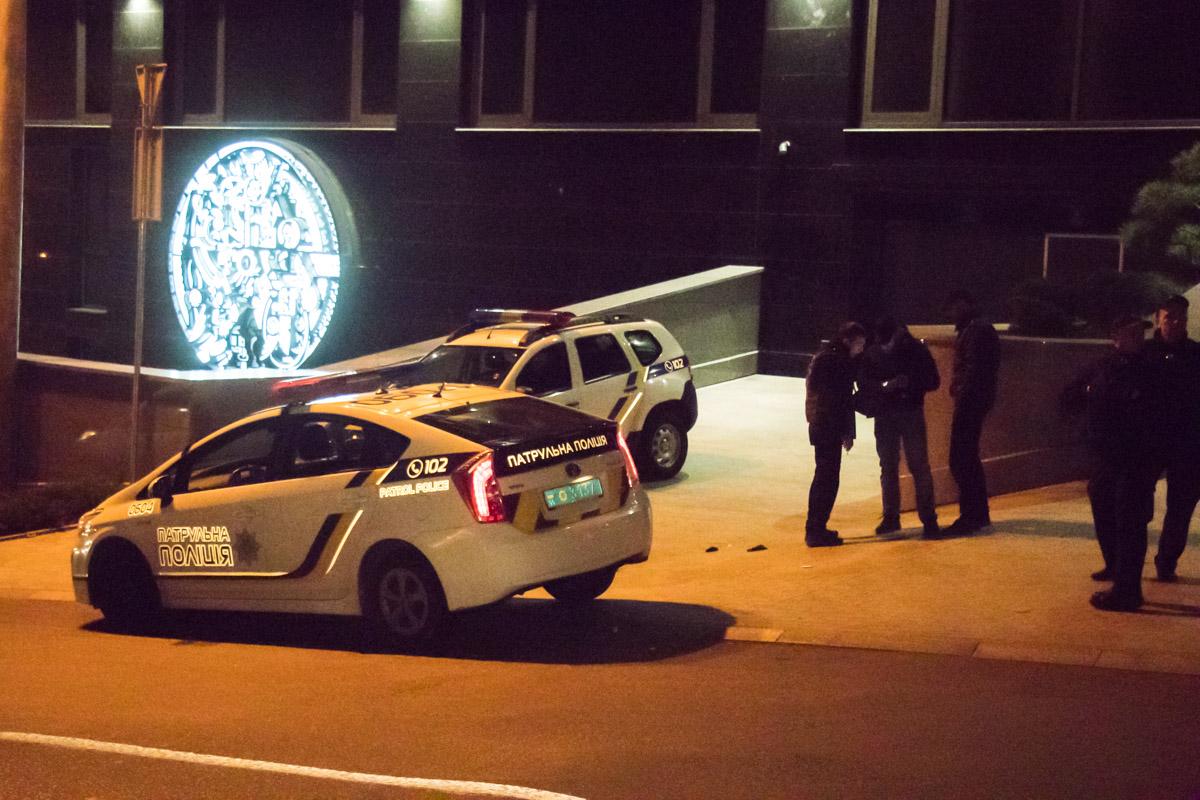 Злоумышленники бросили гранату и ранили одного полицейского