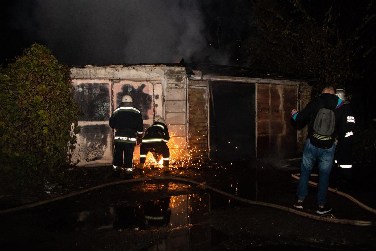 В результате инцидента сгорело три транспортных средства