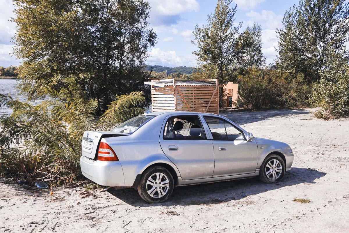 Автомобиль находился на расстоянии 25 метров от берега и на глубине 6 метров