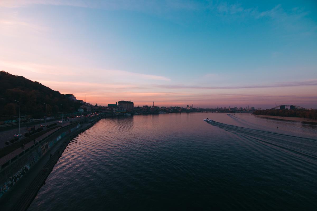 Оглянись по сторонам , вдохни осеннего воздуха и насладись красотой этого города
