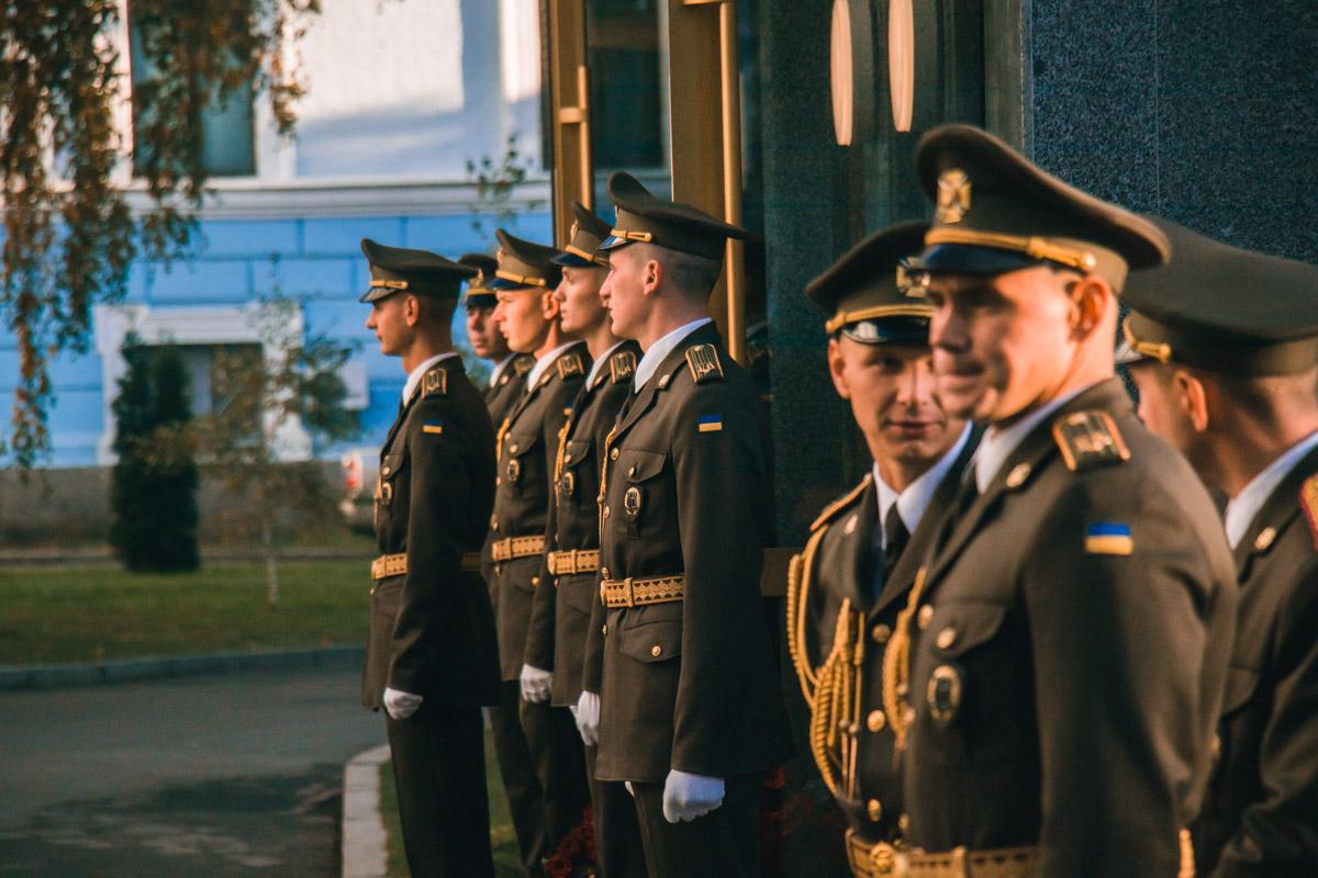 Военнослужащие провели День защитника на территории Минобороны