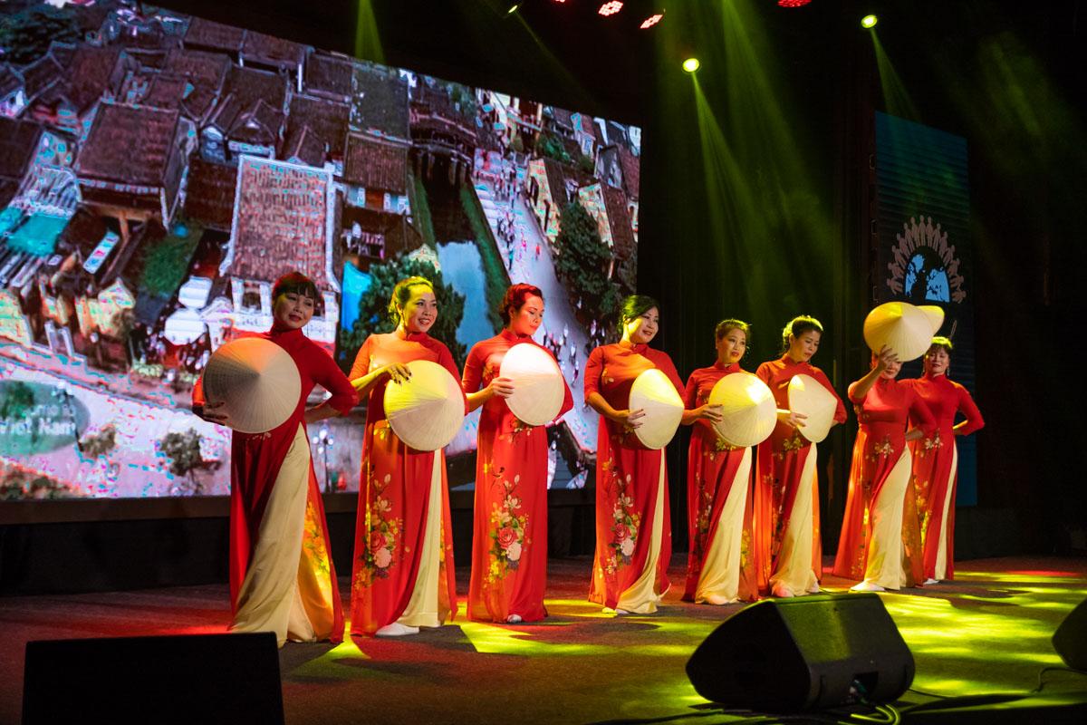 На Параде наций представили и восточную культуру