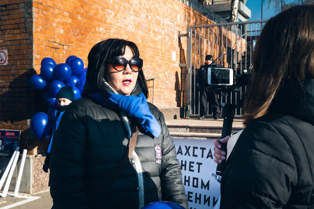 Политическая эмигрантка и журналистка Жанара Ахметова