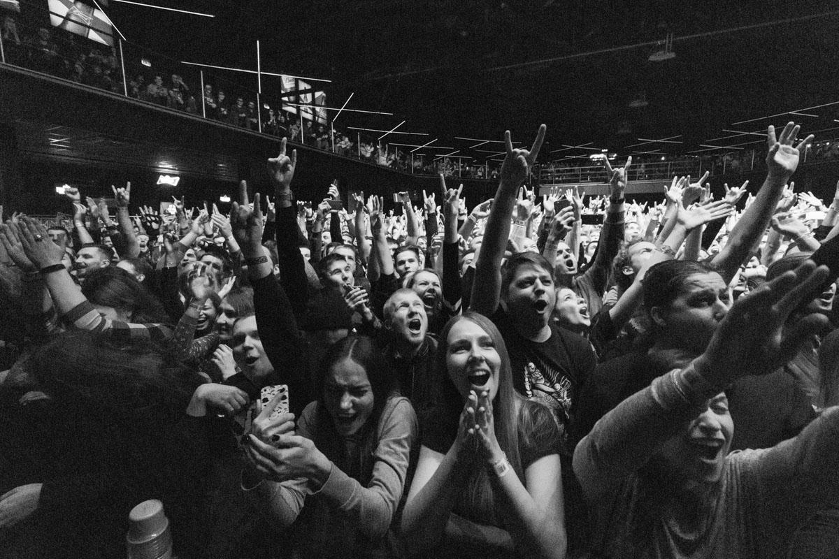 Музыка Stone Sour повергло толпу в настоящий экстаз