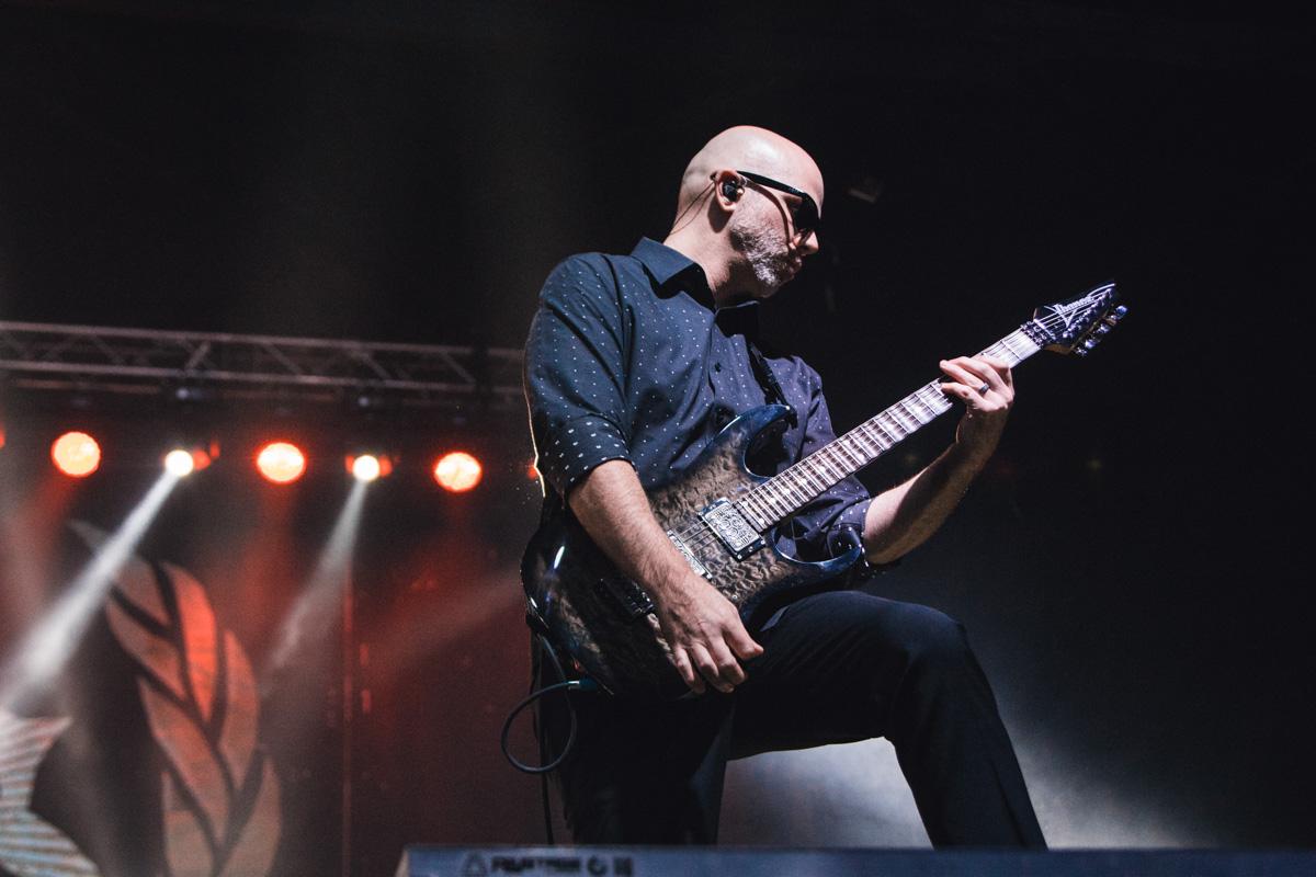 На сцене выступила группа вокалиста Slipknot Кори Тейлора - Stone Sour