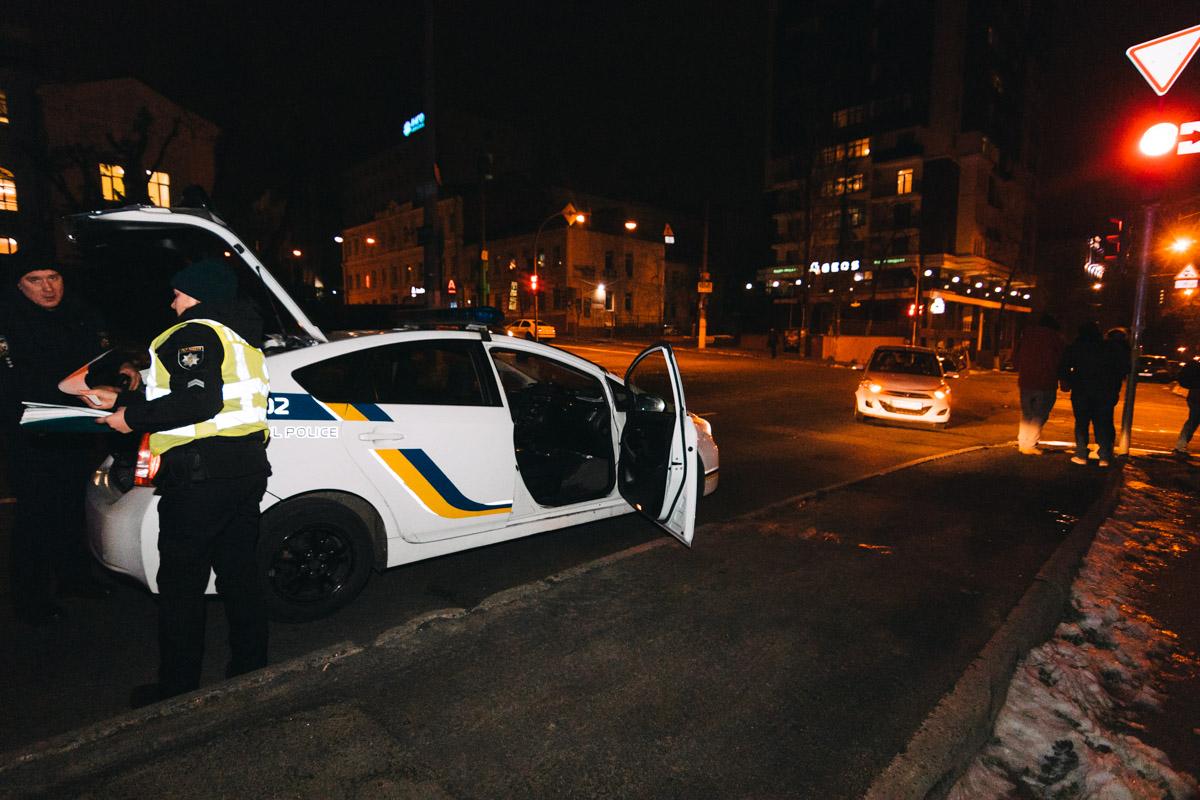 Проезжая перекресток с улицей Бульварно-Кудрявской, i10 столкнулся с автомобилемHyundaiAccent
