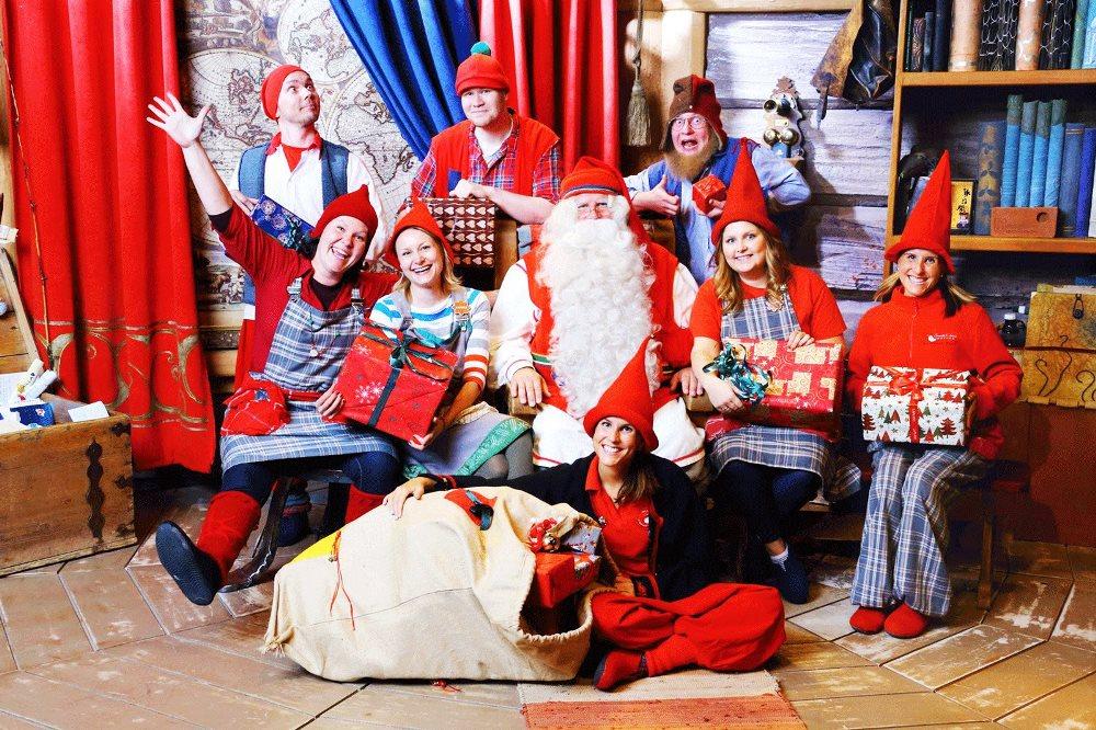 LPrazdnik подготовили две новогодние программы: вечер с Дедушкой Морозом, либо с Санта Клаусом