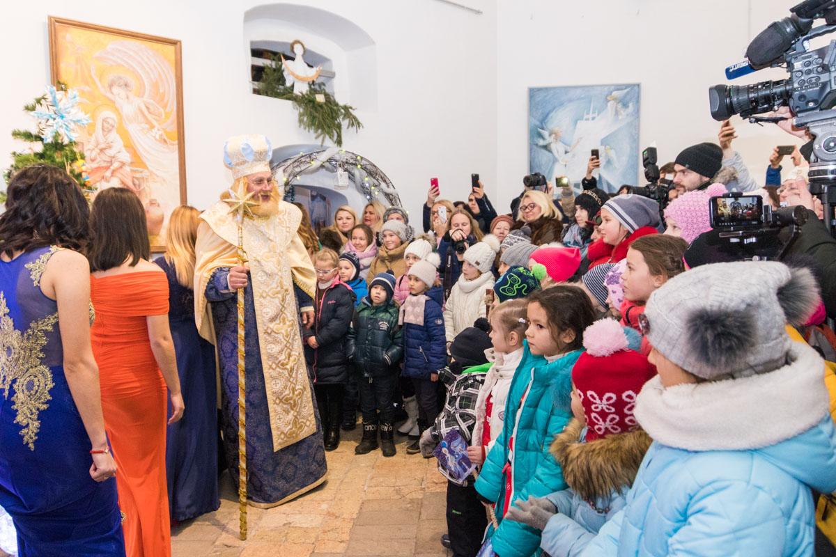 Святому Николаю можно написать письмо