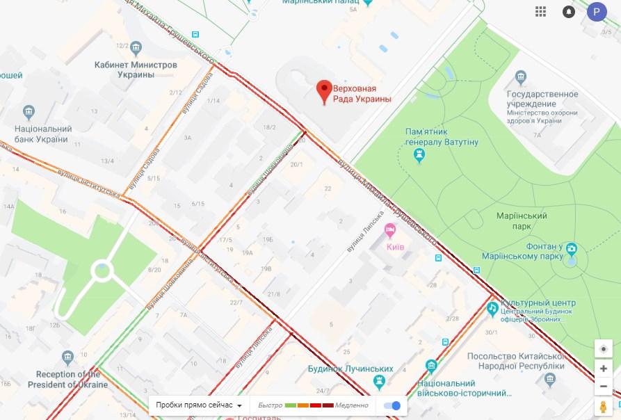 Пробки возле Верховной Рады по состоянию на 15:30
