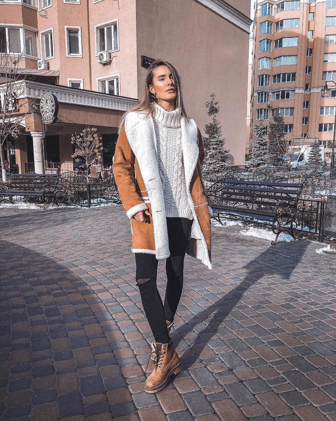 Выглядеть стильно можно даже морозы. Фото: @zagumennaya