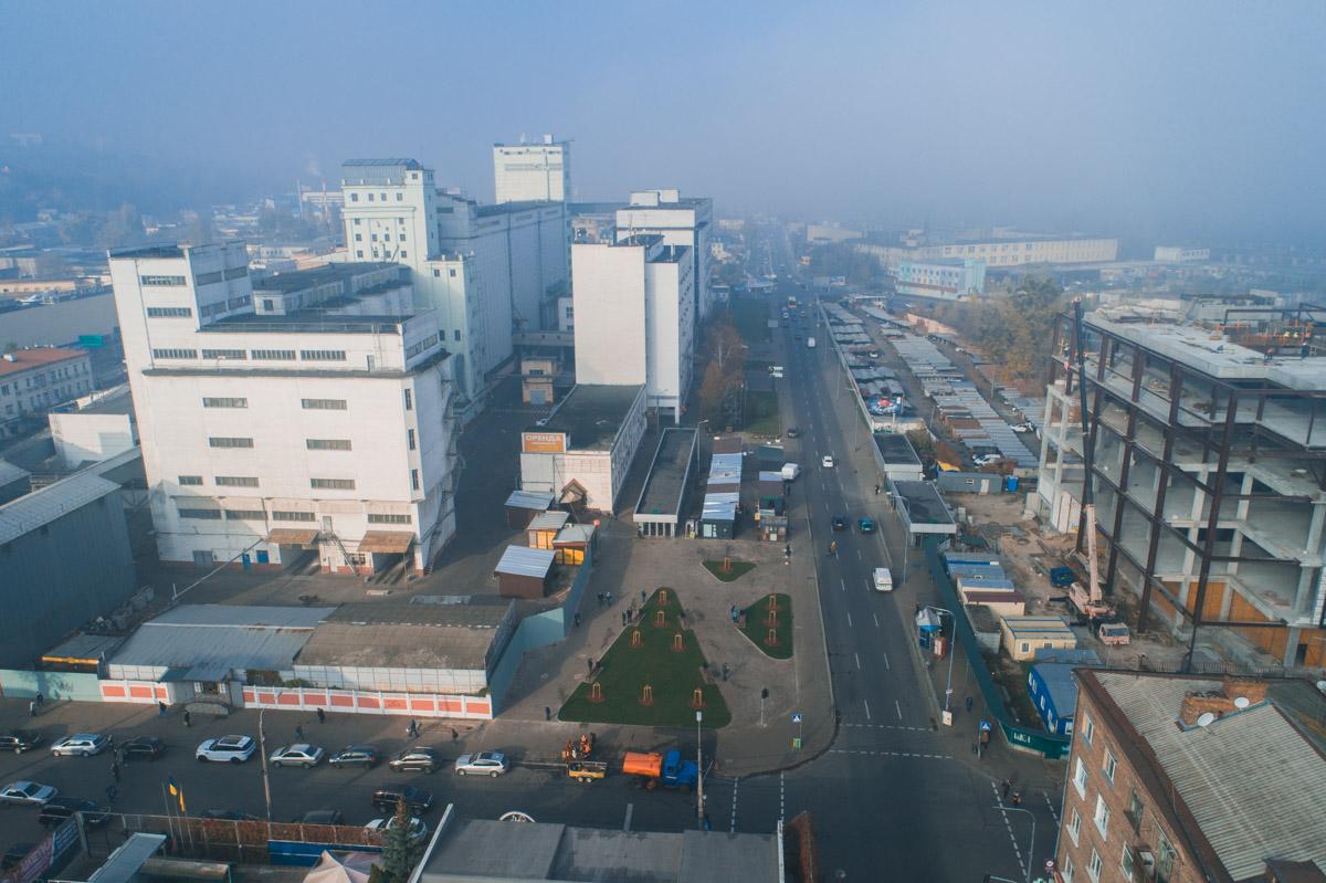 Сквер у станции метро Тараса Шевченко с высоты
