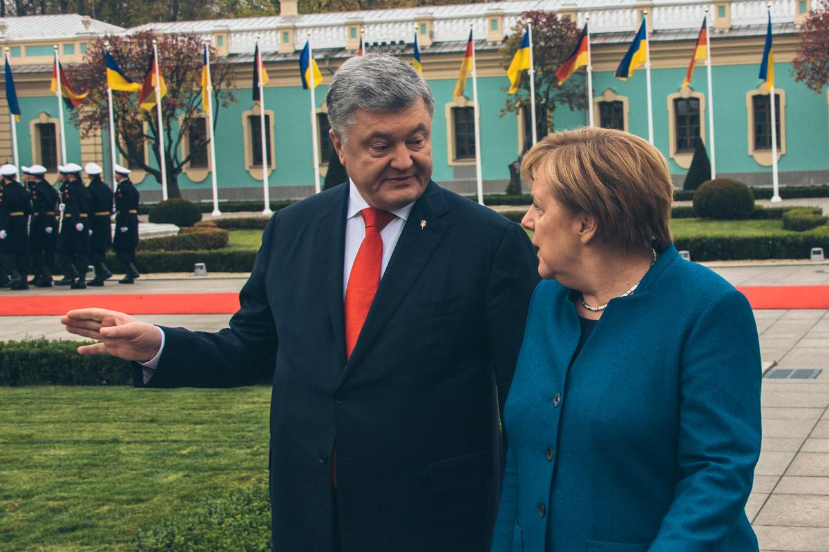 Главы государств обсудили ситуацию на Донбассе и способы ее решения