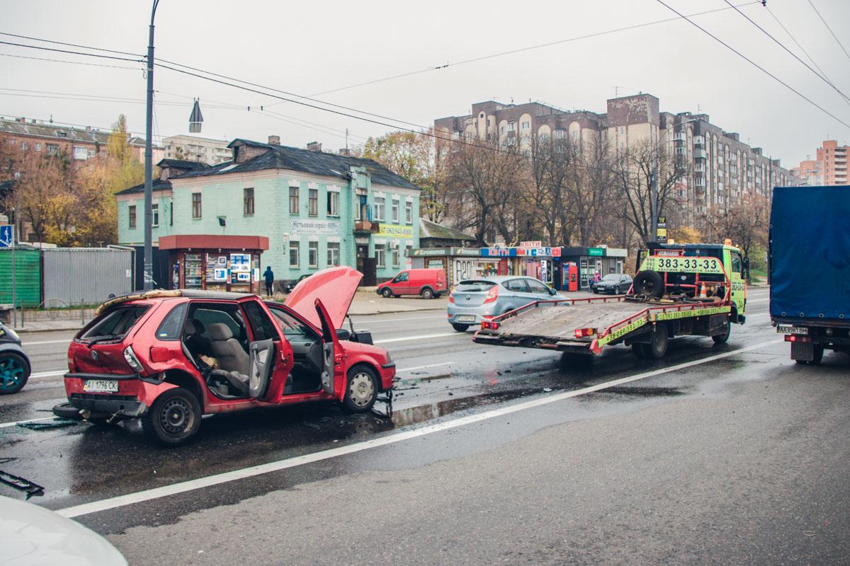 Авария случилась около 09:30