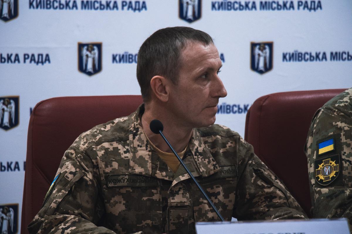 В Украине, в общей сложности, 23 494 человек не пришли в участки