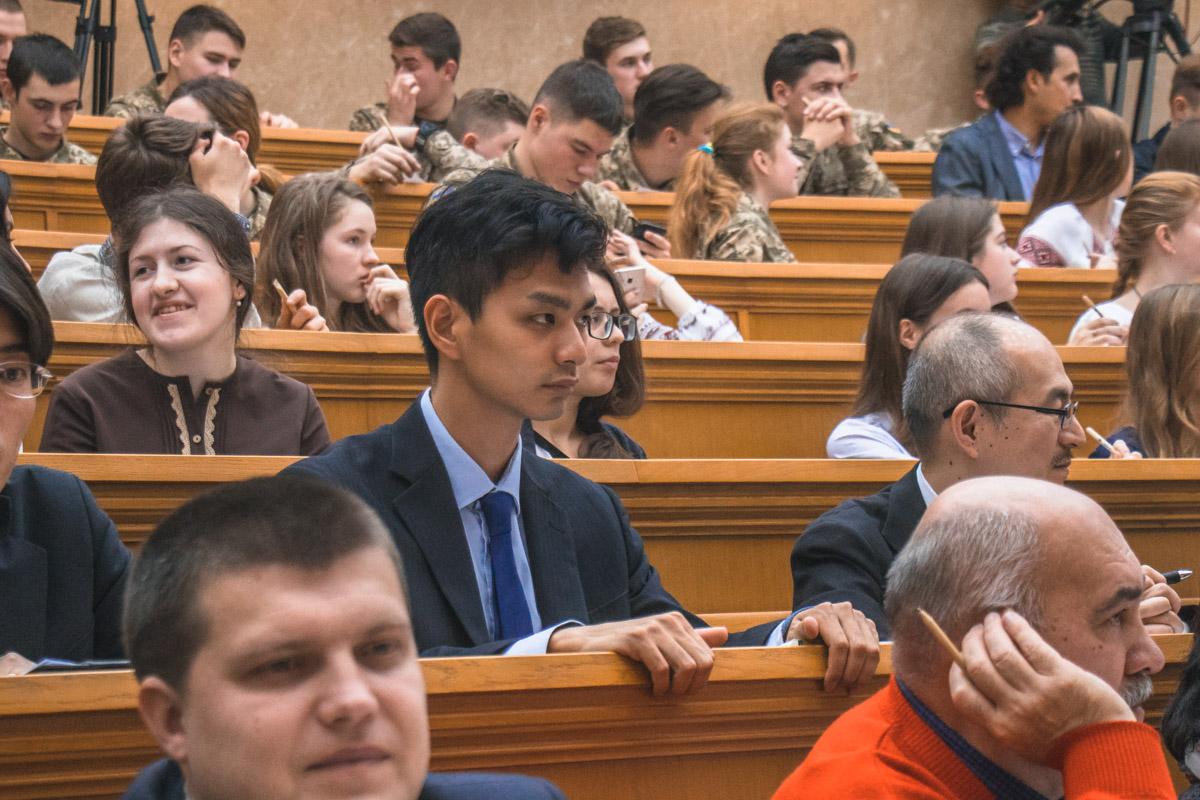 В Україні пройшов щорічний радіодиктант Всеукраїнської єдності