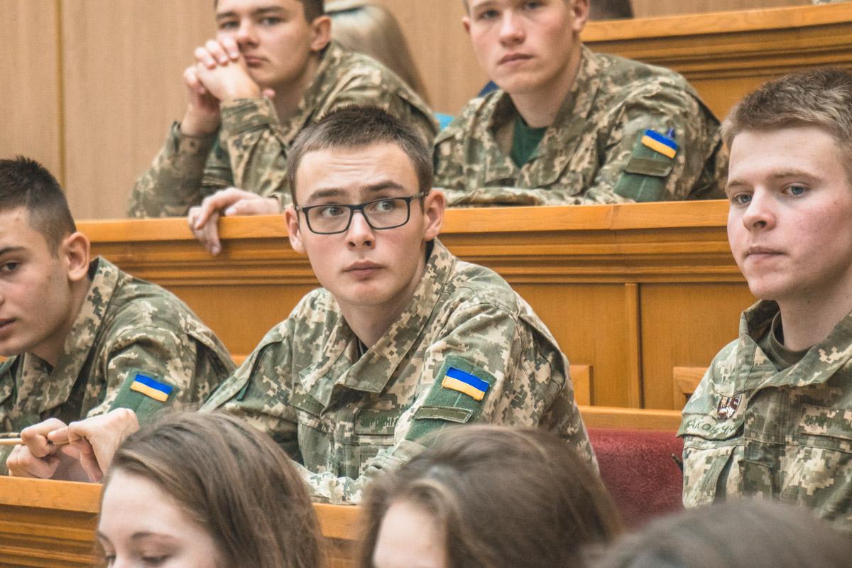 Військові теж не пройшли повз підвищення мовної кваліфікації