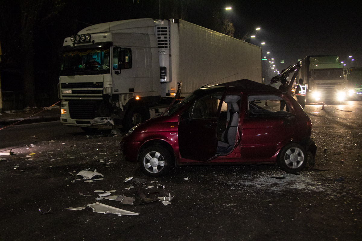 В Киеве на улице Заболотного произошло ДТП