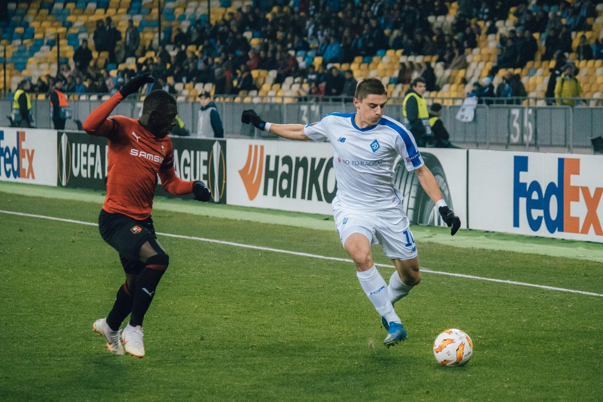 Виталий Миколенко провел одну из лучших своих игр в бело-синей футболке
