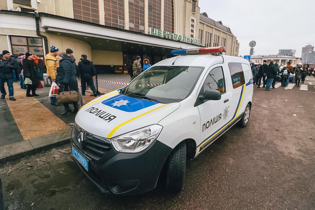 В Киеве усилят охрану вокзалов, железнодорожных станций, аэропортов, портов