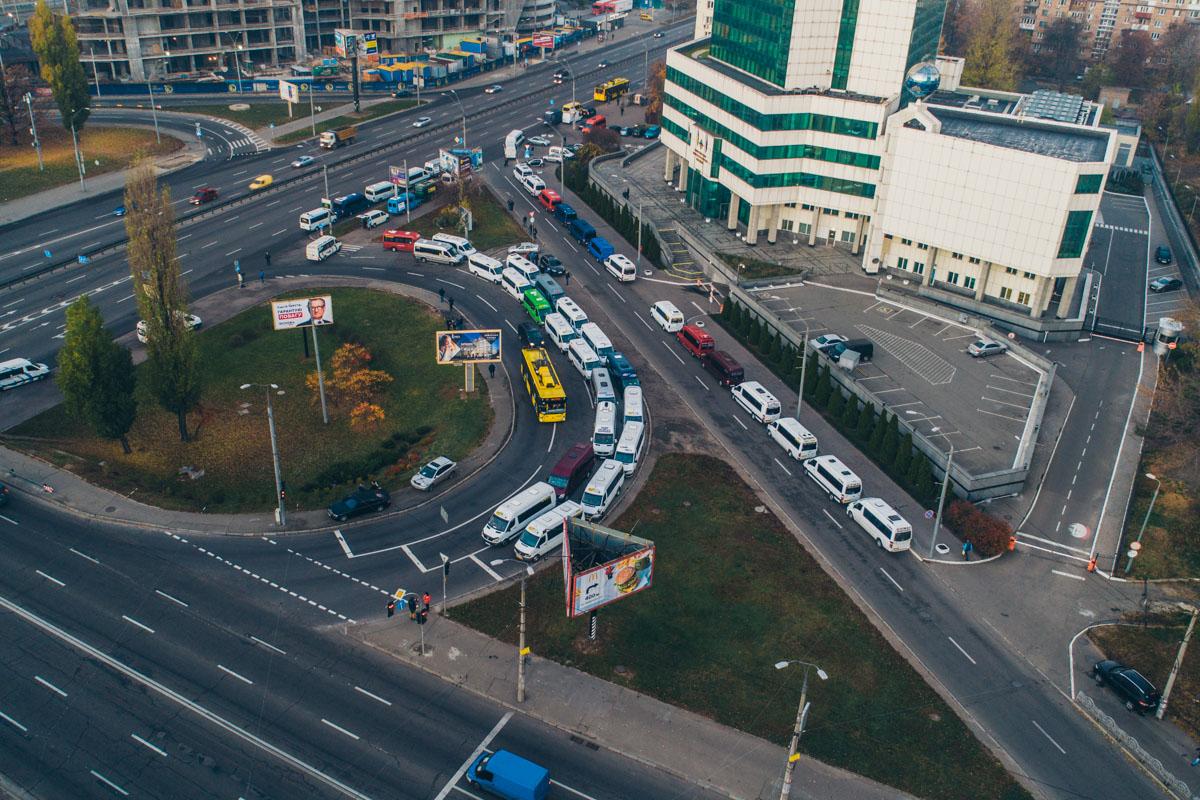 Ожидается, что соберутся от 10 до 30 тысяч машин