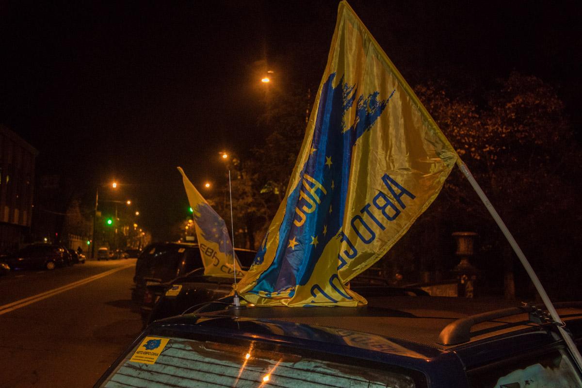 Митингующие настроены решительно и планируют стоять до последнего