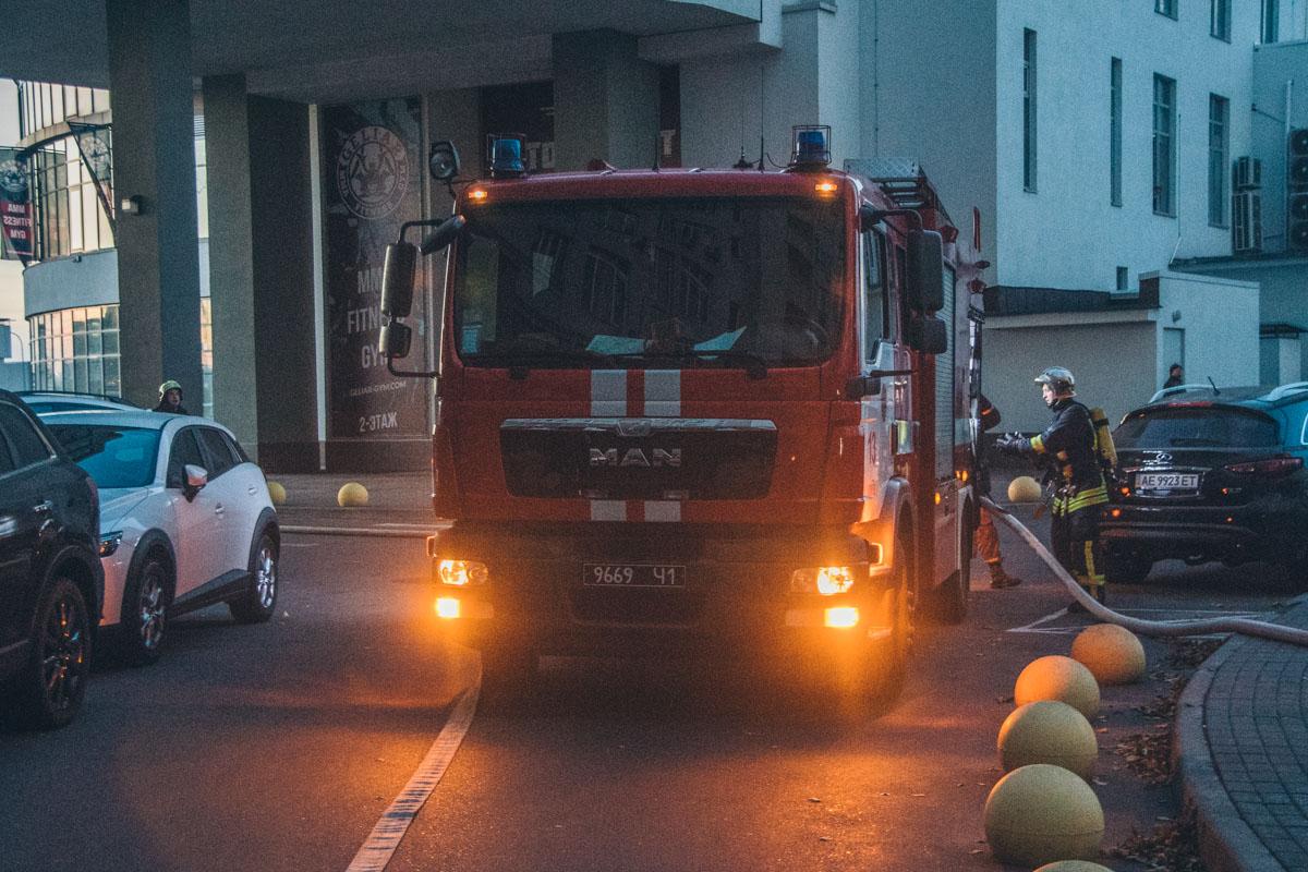 Общая площадь возгорания составила 130 квадратных метров