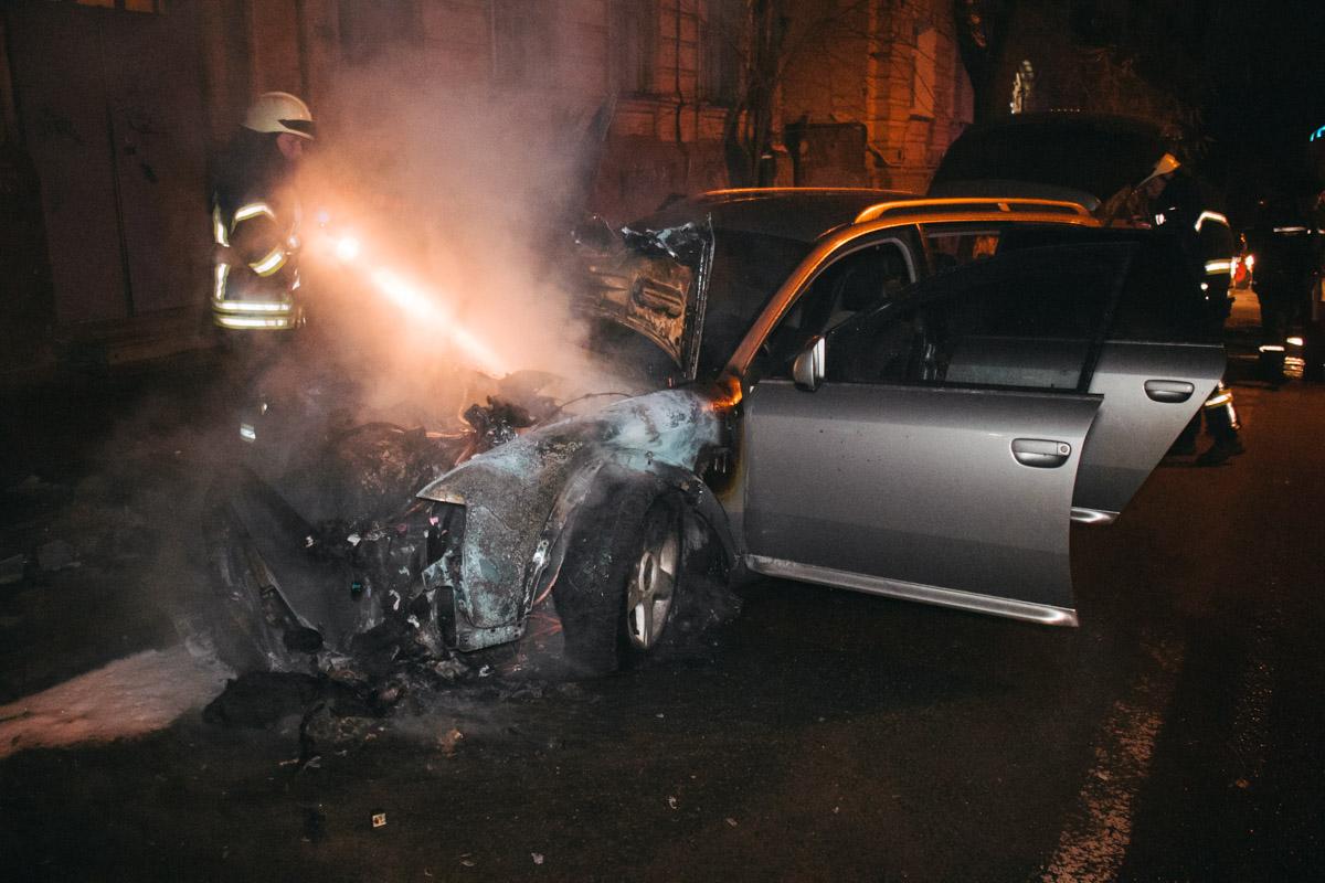 В ночь на 29 ноября в Киеве по адресу улица Олеся Гончара, 43 произошел пожар