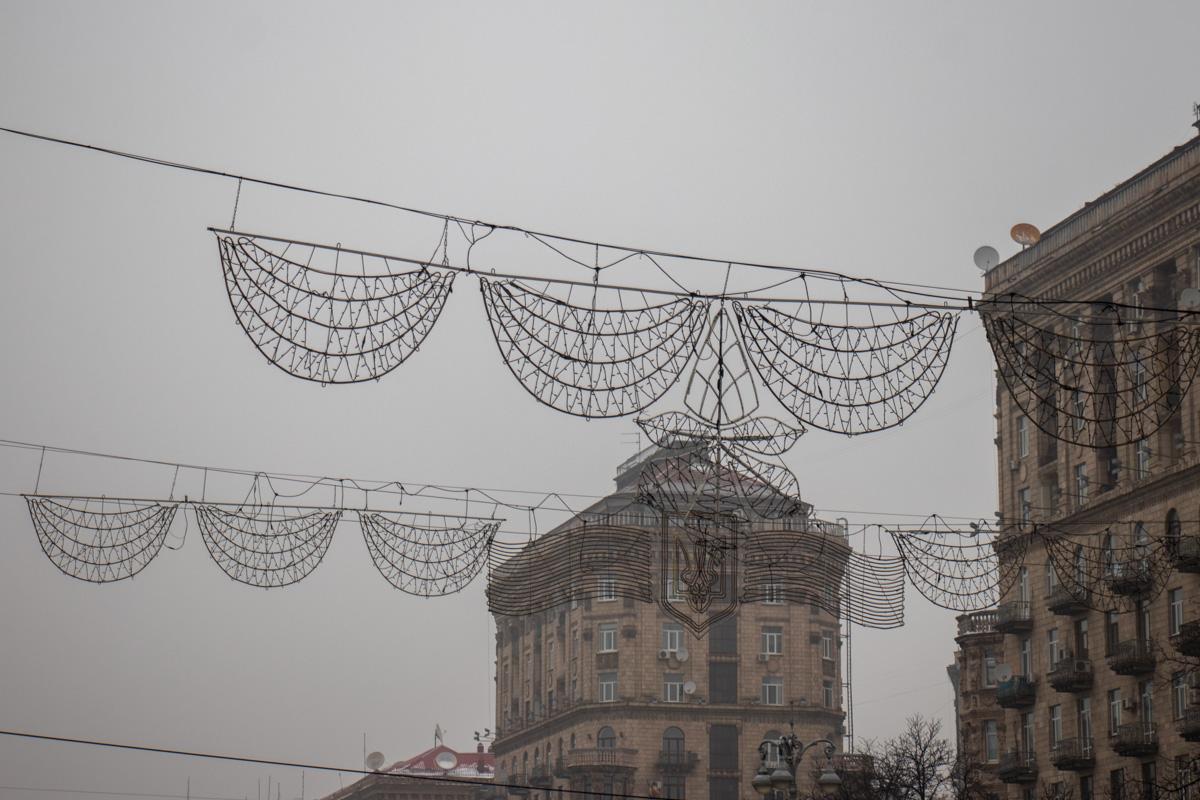 Демонтаж иллюминаций с центральной части улицы будет происходить ночью