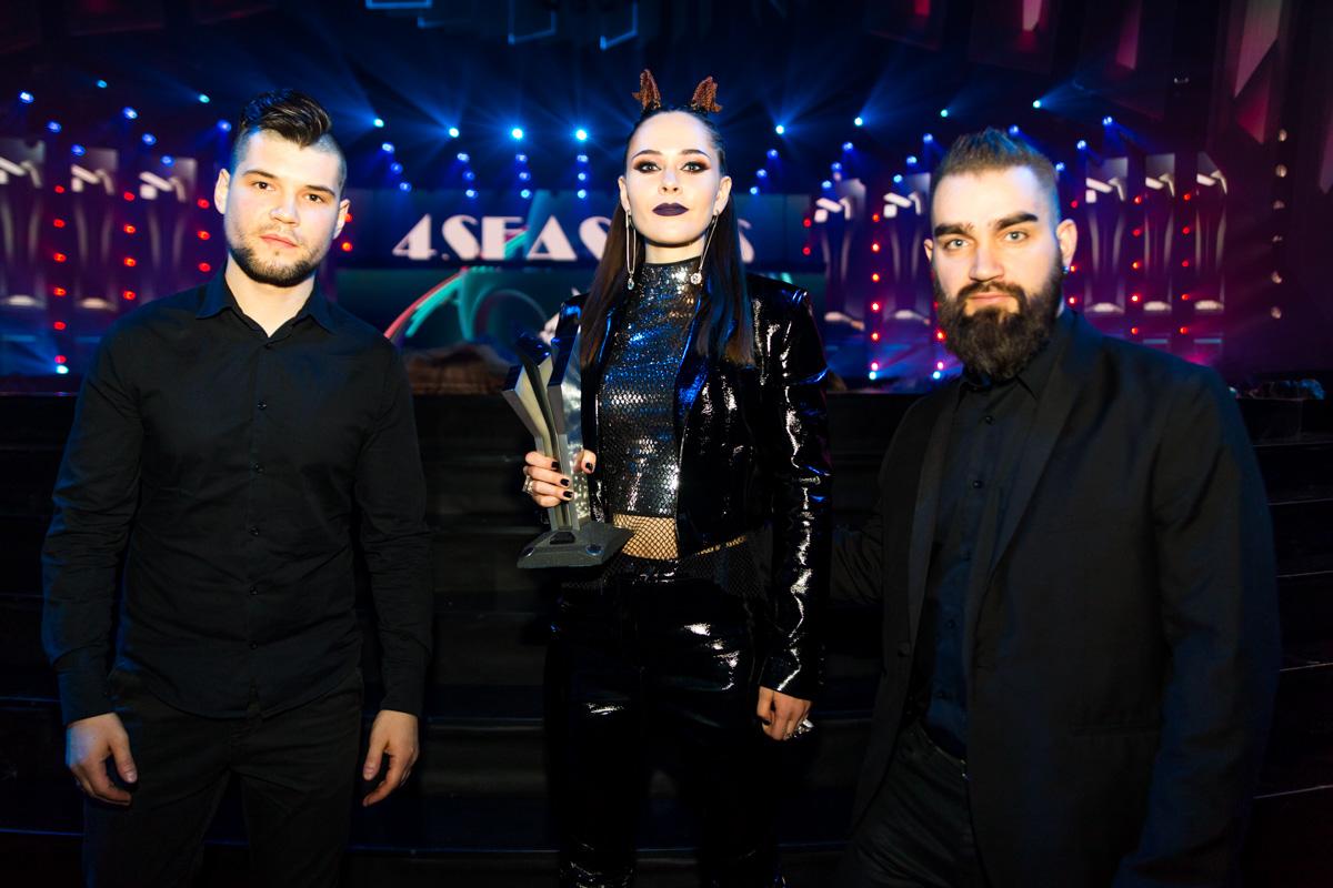 """Группа The Hardkiss победила в номинации """"Альтернатива года"""""""