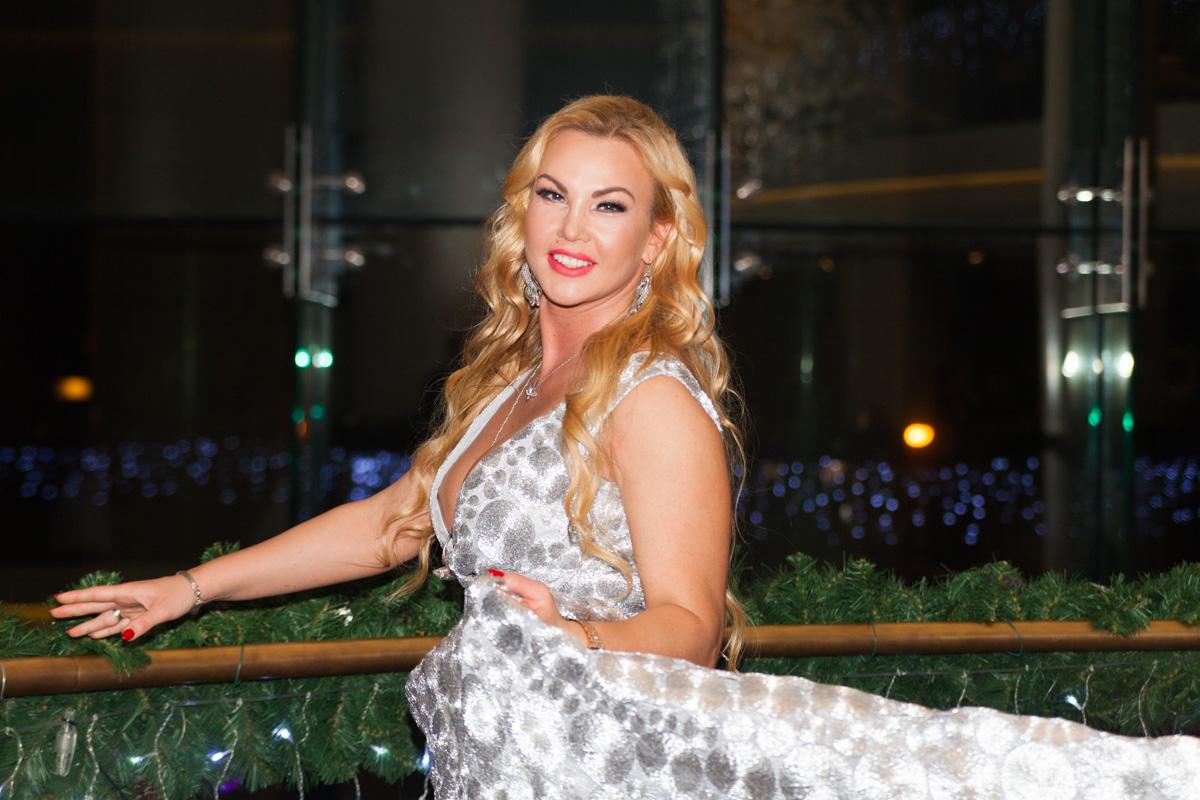 В воскресенье, 9 декабря, в Киеве в отеле Hilton прошел пятый благотворительный вечер творчества певицы KAMALIYA