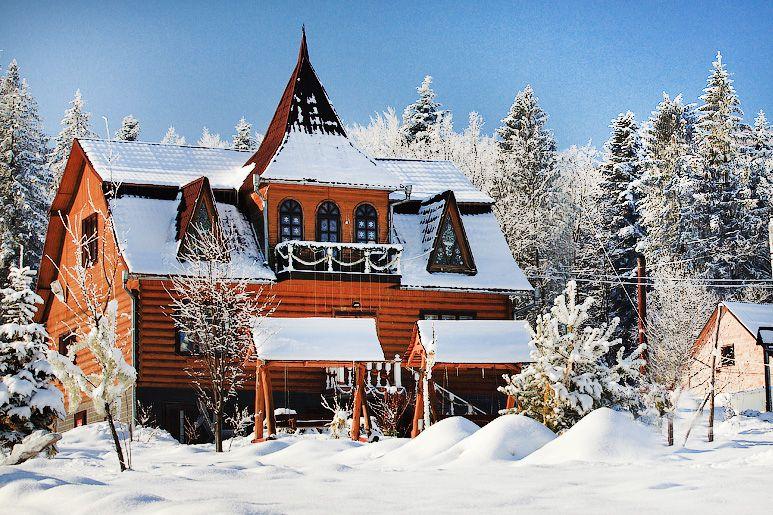 Волшебный домик святого Николая в Карпатах
