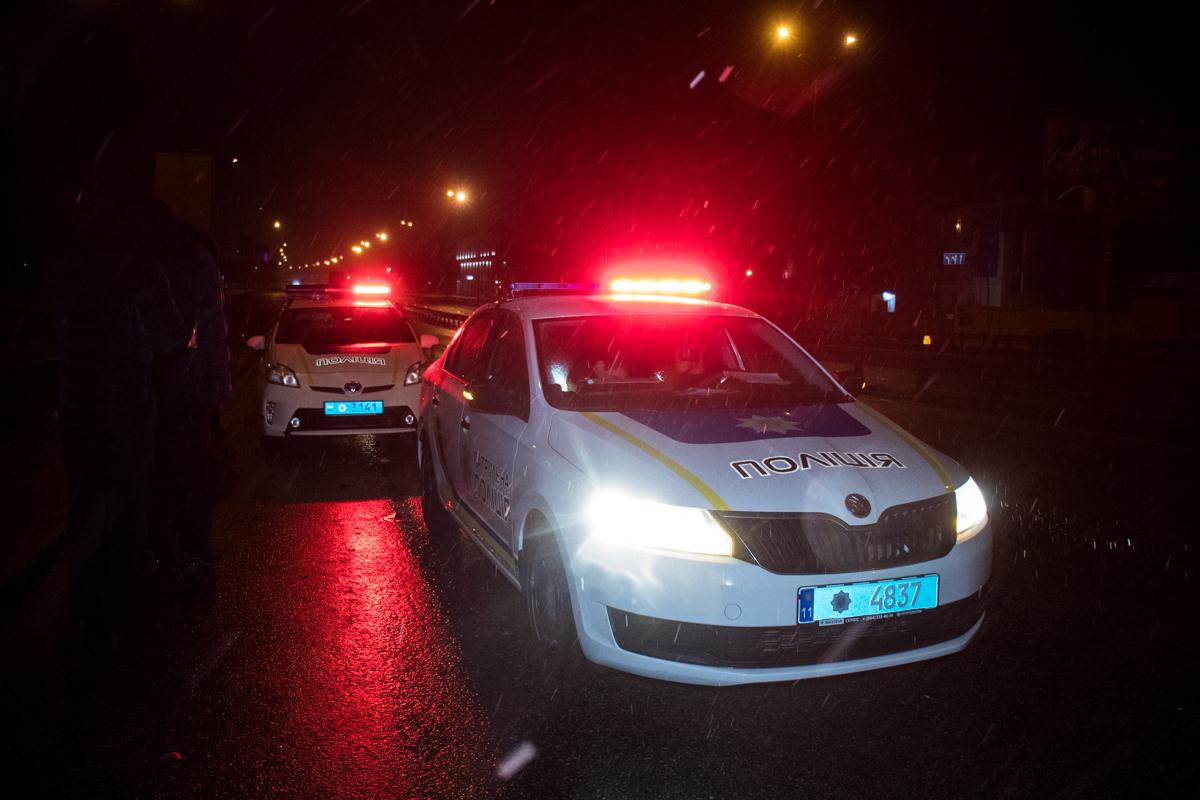 На месте работали два экипажа патрульной полиции