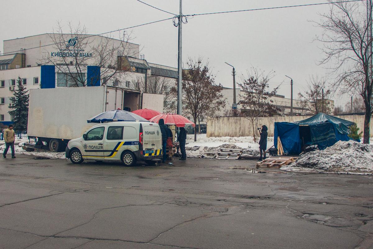 В субботу, 29 декабря, в Деснянском районе Киева обнаружили труп мужчины