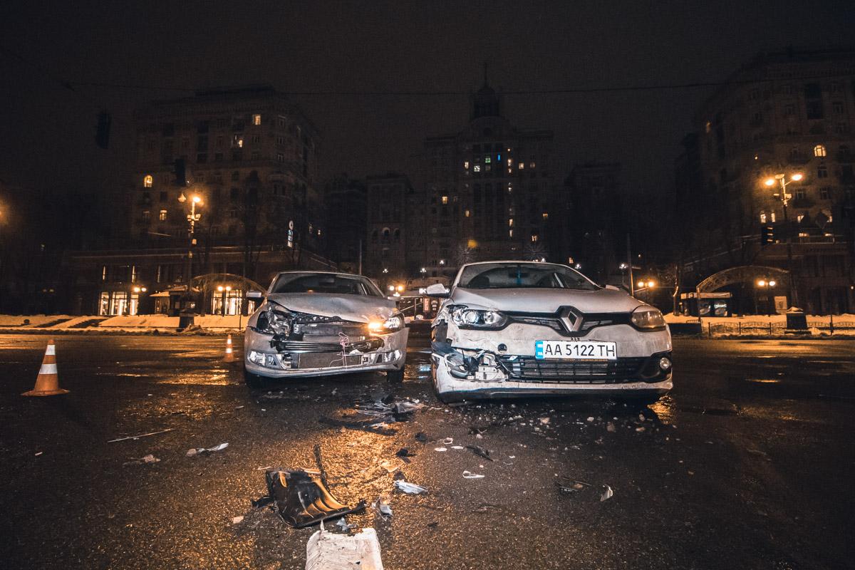 Авария произошла возле ЦУМа