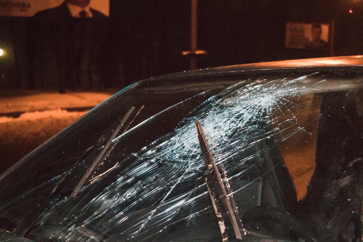 В момент аварии в машине находились двое мужчин
